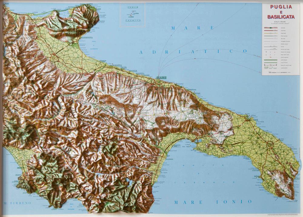 Cartina Italia Puglia.Puglia E Basilicata Cartina Regionale In Rilievo 99x72 Cm Mappa Carta L A C Ebay