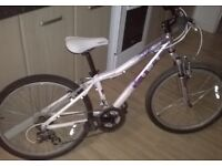girls mongoose bike 9-12
