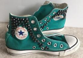 Converse Chuck Taylor All Star size 4
