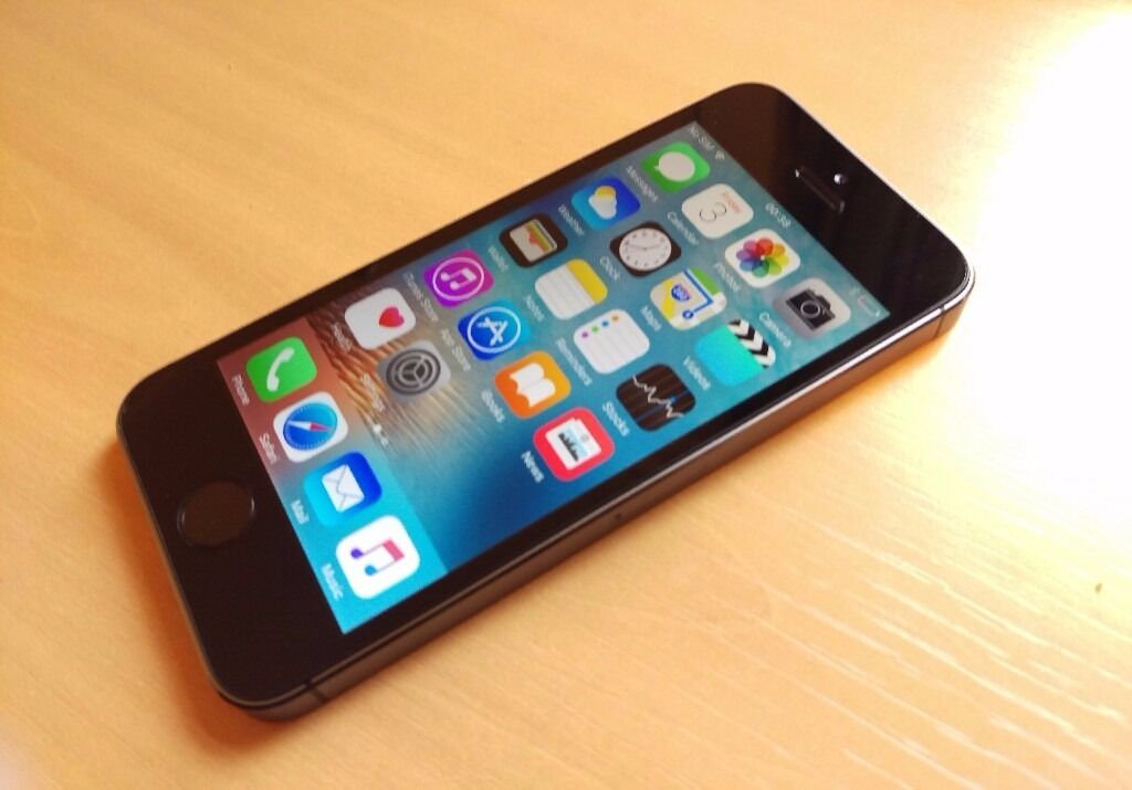 Apple IPhone 5S, 16GB, unlockedin Leytonstone, LondonGumtree - Apple Iphone 5S Space Grey Colour 16GB Storage good used condition 4 inch screen 8MP CAM 1GB RAM All items I sell do come with receipt so you have peace of mind. Im located on Leytonstone High Road in walking distance to the Tube station and close to...