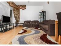 3 bedroom flat in Ringmere Gardens, Archway