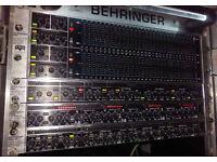 Behringer rack equipment gates compressor 32-band EQ Rack light
