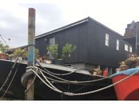 Spacious Houseboat for Completion - Sea Monkey