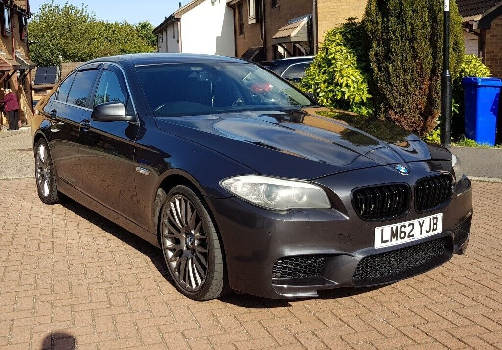 Bmw 520D 2013 *8 SPEED AUTO* *paddle shift* *heated seats* *pro navigation*  * 3 keys * | in Sheffield, South Yorkshire | Gumtree