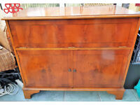 Vintage Quality Yew Wood Inlaid Veneer Cabinet, With Fidelity Music Centre UA5