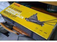 Brand new 2.5t hydraulic trolley jack