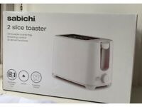 BRAND NEW — Sabichi toaster and kettle set
