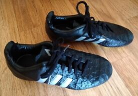 Adidas Genuine Stealth Style Black With Silver Trim Football Boots Size 2 As New Condition