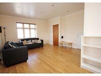 Spacious 3 bedroom and 2 bathroom house near Arnos Grove underground station