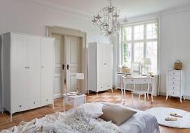 NEW White Elegance Wardrobe 2 door 1 drawer get it today only £199