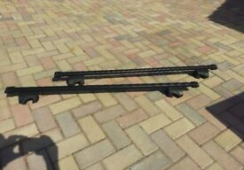 Thule / Mazda 5 Roof Bars