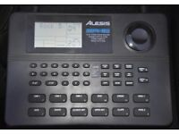ALESIS SR-16 16 BIT STEREO DRUM MACHINE