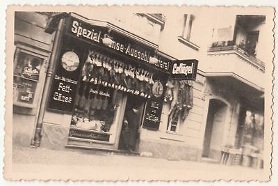 Foto Laden Geschäft Gänse Schlachterei Reklame Schlachtvieh hängt draußen 1930er