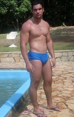 Shirtless Male Muscular Beefcake Beefy Dude in Speedo by Pool PHOTO 4X6 N420