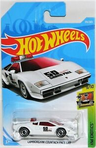 Hot Wheels 1/64 Lamborghini Countach Pace Car Diecast