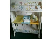 Cosatto baby changing unit with bath