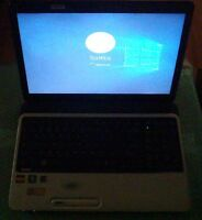 Toshiba Satellite L750D With Charger And Windows 10 Pro