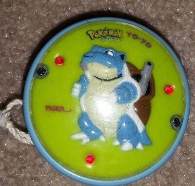 Vintage Pokemon Yo-Yo Gotta Catch Em All Blue Green Blastoise Light - Pokemon Yo