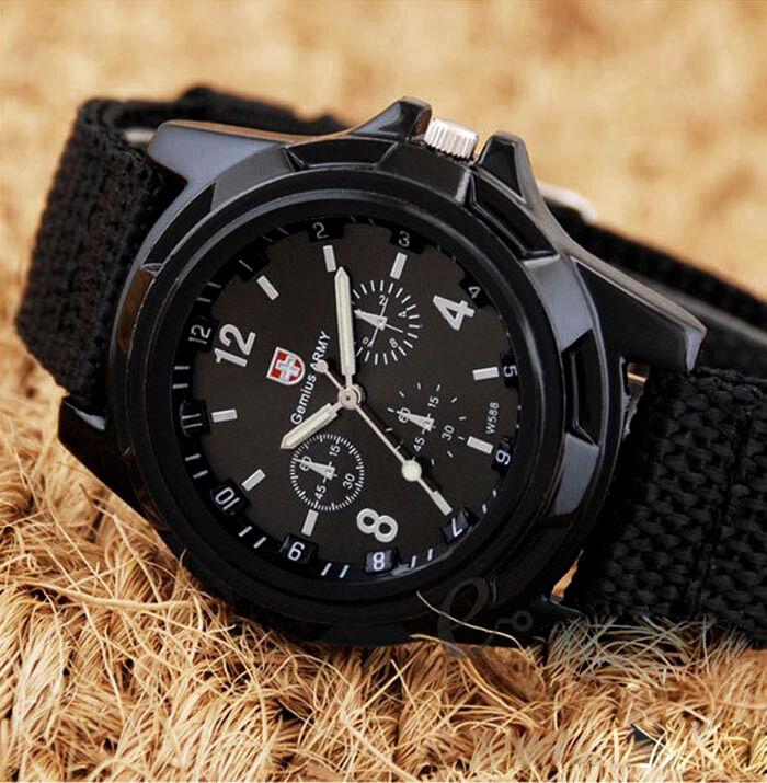 Часы наручные мужские с календарем армейские, микс, ремешок микс.