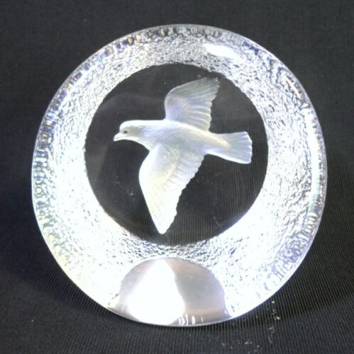 "Vintage MATS JONASSON PEACE DOVE PAPERWEIGHT Crystal Made in Sweden Signed 3"" T"