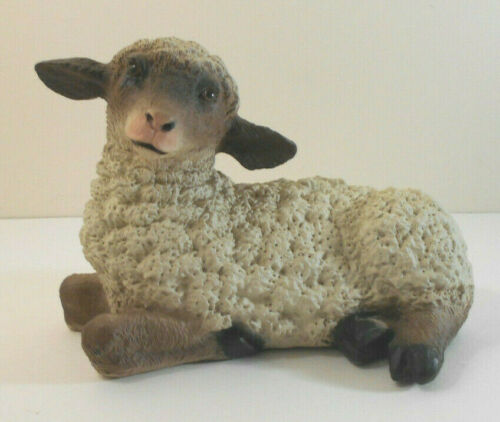 Realistic Baby Lamb statue indoor/outdoor sheep decor -bright eyes vtg