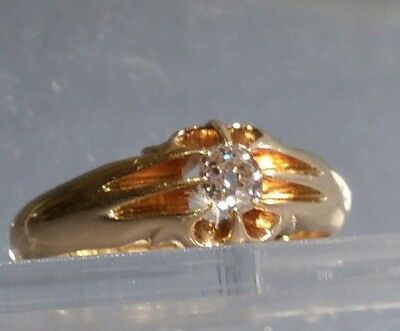Sparkling 18 ct gold ring set with a 0.22 carat old cut diamond uk size M