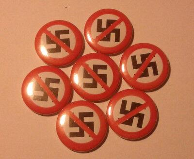 1x Anti Nazi Button Durchgestrichenes H-Kreuz
