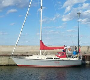 RedFox - Mirage 33 Sailboat well equipped