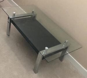 Glass coffee table w chrome like new