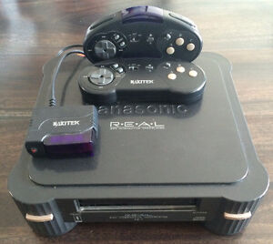 Console Panasonic 3DO + 2 Manettes Wireless + Cables