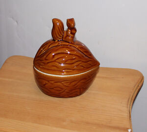 Walnut shaped candy or nut dish