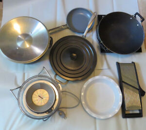Breville juicer and various kitchenware