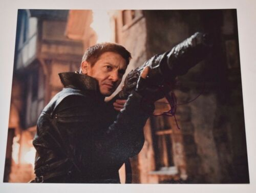Jeremy Renner Signed Autographed 11x14 Photo The Town Avengers COA VD