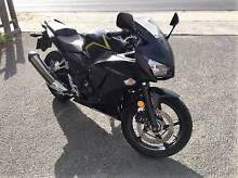2014 HONDA CBR300R LAMS UNDER WARRANTY REGO RWC Mordialloc Kingston Area Preview