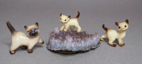 3 Mini Hagen Renaker Siamese Cats - 2 Cats, 1 Kitten Mounted on Amethyst
