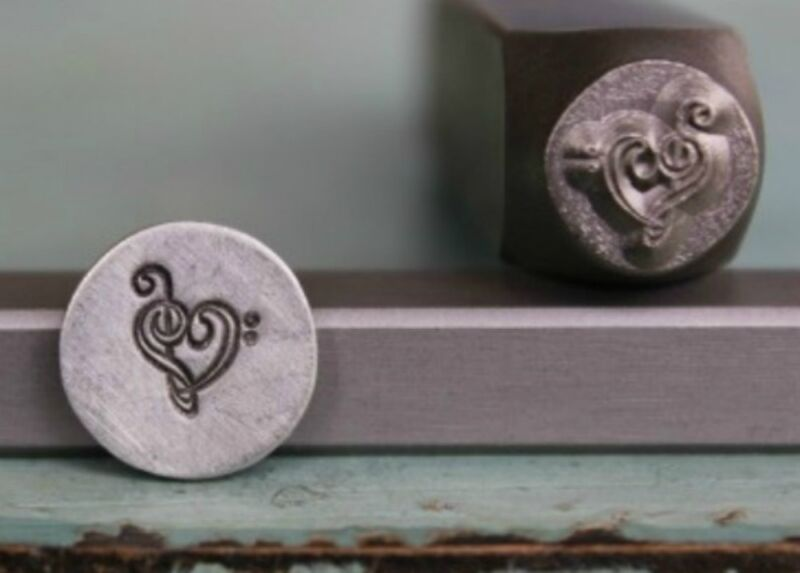 SUPPLY GUY 7mm Music Note with Heart Metal Punch Design Stamp (SGCH-26)