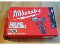 Milwaukee Impact Driver M12 SET1E-201B