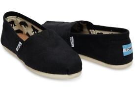 New Black Womens TOMS size 3