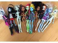 Monster High dolls - set of 10