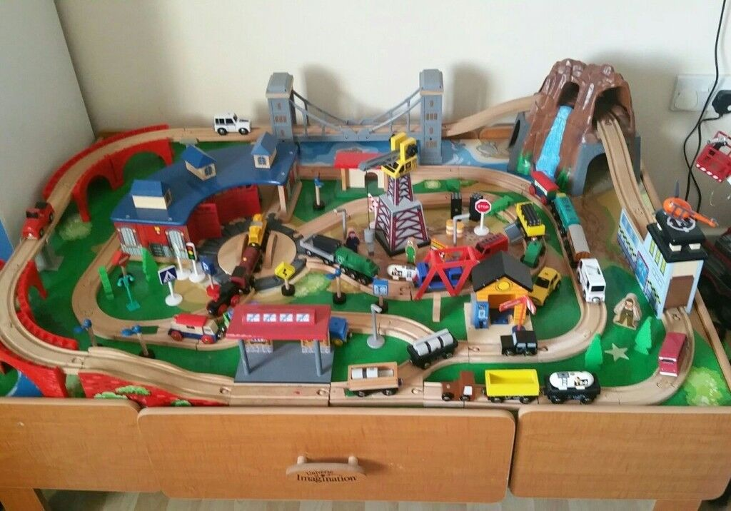 universe of imagination play train table | in Gloucester Road ...