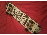 Skateboard (Excellent Condition)