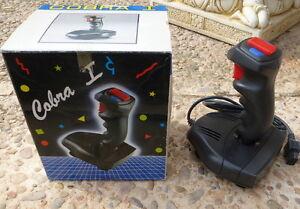 NINTENDO-NES-Joystick-COBRA-I-Con-Auto-Fire-Perfecto-estado-En-CAJA