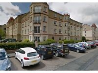Unfurnished 2 bedroom top floor flat for rent in Sinclair Place, Slateford, Edinburgh (£925 pcm).