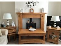 Beautiful Solid Oak Coffee Table with Matching Nest of Tables & Lamp Table
