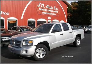 2008 Dodge Dakota SXT 4x4 Crew Cab V8