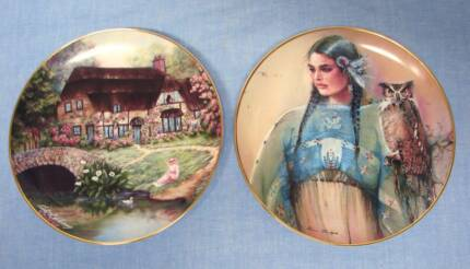 2 franklin mint collectors cabinet display plates Indian Maiden Kingswood 2747 Penrith Area Preview