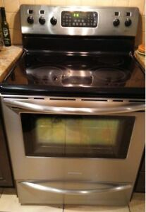 Cuisiniere Frigidaire inox / Stainless Range/Oven convection