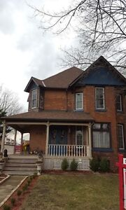 BEAUTIFUL 3 BED, 2 BATH CHARACTER HOME!