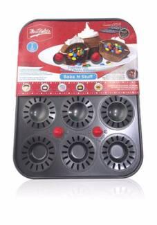 Mrs. Fields - Bake N Stuff - Cupcake Pan - Brand new