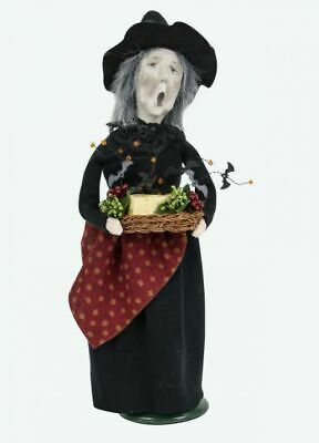 2019 Byers Choice Witch w/Cheese Tray New Hair Design Spooky Halloween